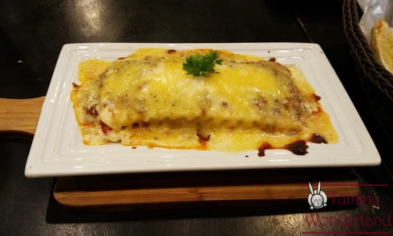 house-of-lasagna_lasgna