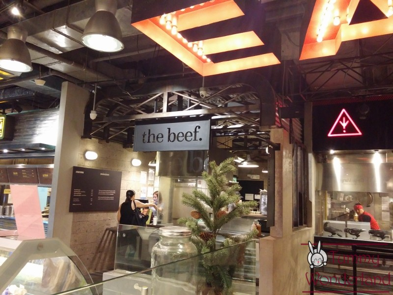 hole-in-the-wall_the-beef