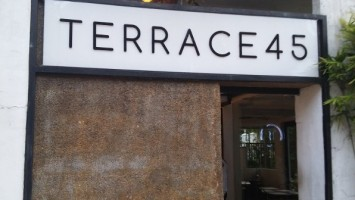 terrace45-600x800